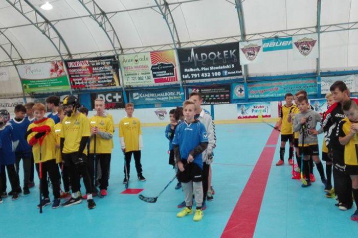 Mistrzostwa Powiatu w unihokeju i halowej piłce nożnej szkół wiejskich