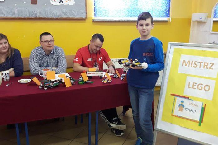 """KONKURS TECHNICZNY – """"Mistrz lego""""."""