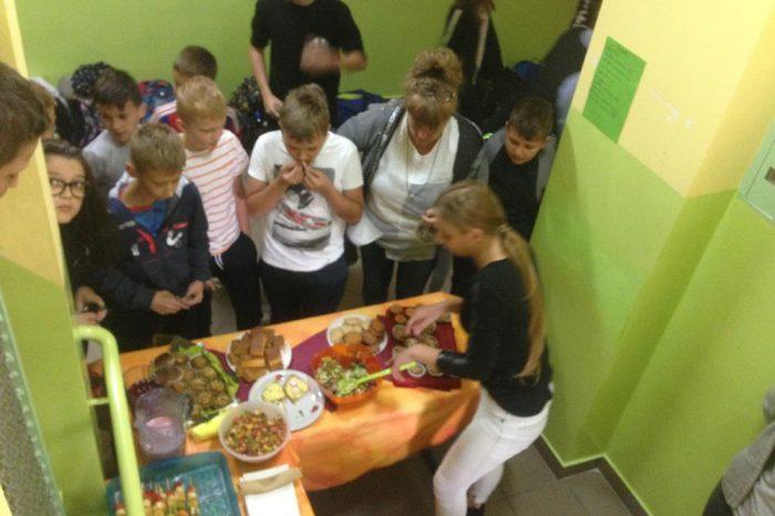 Pierwszy kiermasz zdrowej żywności w roku szkolnym 2018/19
