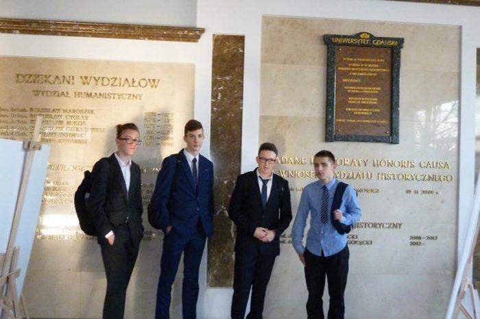 Sukces Uczniów ze Szkoły w Starym Polu w Ogólnopolskiej Olimpiadzie Historycznej