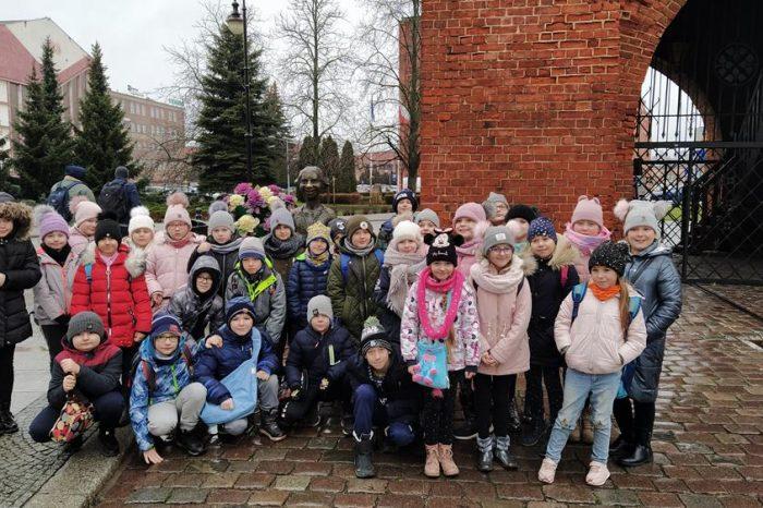 """Wycieczka klas IIa i IIc do """"PARKU PIEKARCZYKA"""" w Elblągu"""