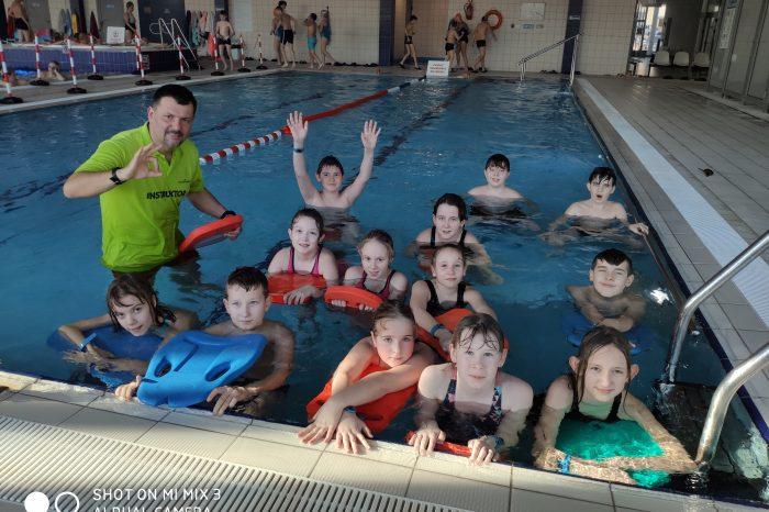 Zajęcia pływackie klas sportowych V a i VI a w Centrum Rekreacji Wodnej Dolinka w Elblągu
